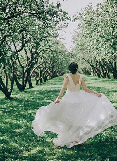 Фотосессия в яблоневом саду Коломенское