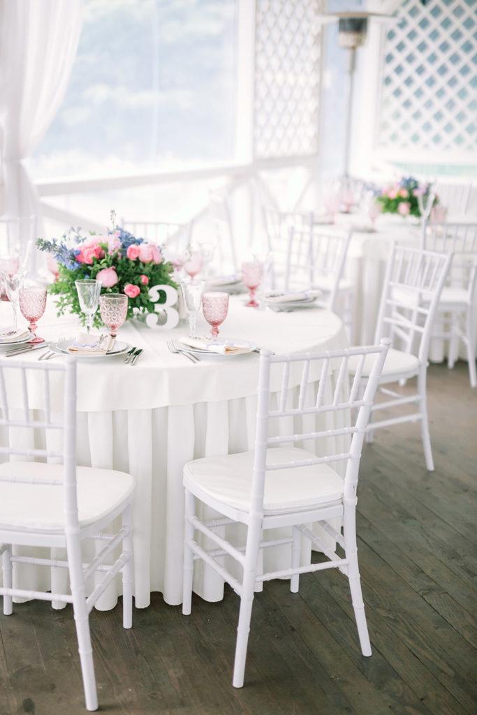 стулья кьявари на свадьбе